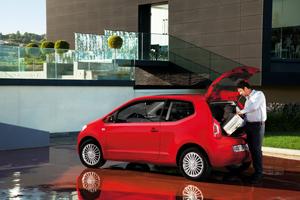 Foto Exteriores_36 Volkswagen Up Dos Volumenes 2011