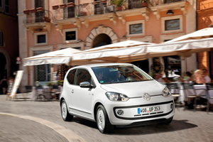 Foto Exteriores_44 Volkswagen Up Dos Volumenes 2011