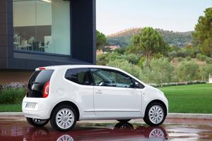 Foto Exteriores_46 Volkswagen Up Dos Volumenes 2011