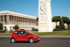 Foto Exteriores_49 Volkswagen Up Dos Volumenes 2011