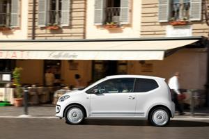 Foto Exteriores_51 Volkswagen Up Dos Volumenes 2011