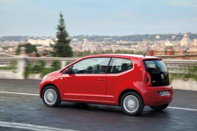 Foto Exteriores_26 Volkswagen Up Dos Volumenes 2011