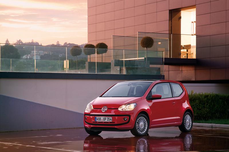 Foto Exteriores_38 Volkswagen Up Dos Volumenes 2011