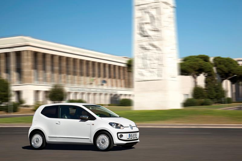 Foto Exteriores_48 Volkswagen Up Dos Volumenes 2011