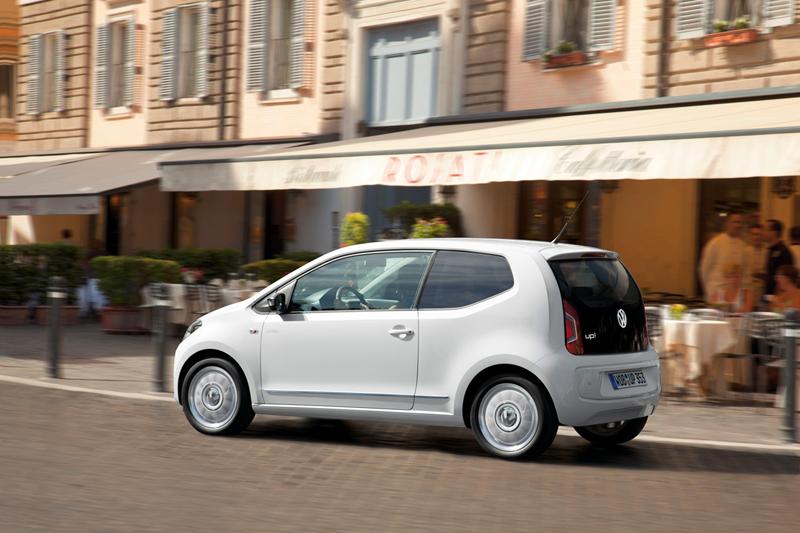 Foto Exteriores_50 Volkswagen Up Dos Volumenes 2011