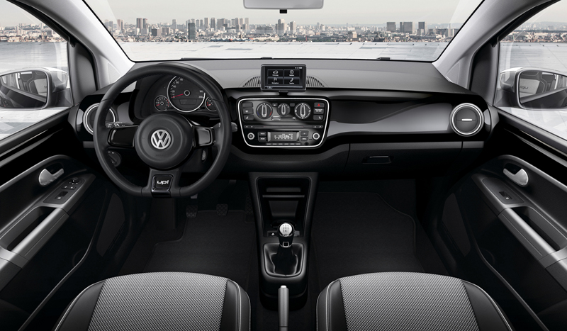 Foto Interiores_04 Volkswagen Up Dos Volumenes 2011