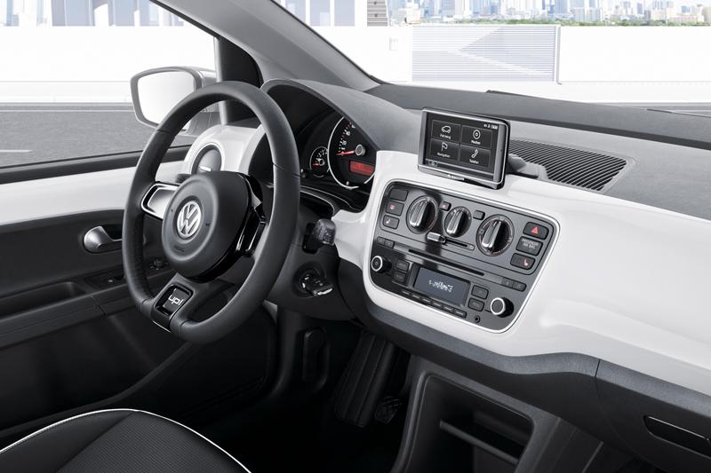 Foto Salpicadero Volkswagen Up Dos Volumenes 2011