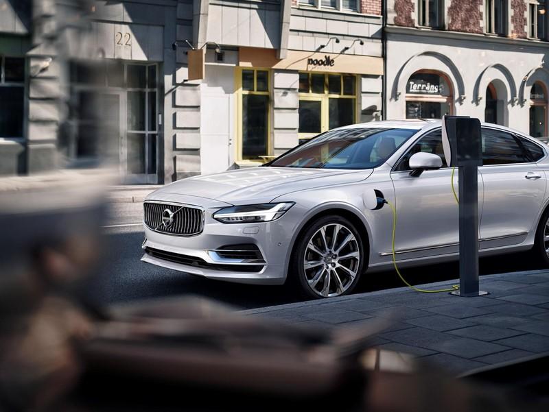 Foto Exteriores Volvo S90 Sedan 2016
