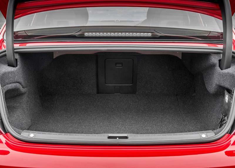 Foto Interiores Volvo S90 R Design Sedan 2017