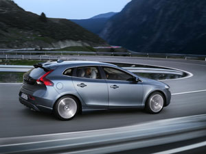 Foto Exteriores (9) Volvo V40 Dos Volumenes 2012
