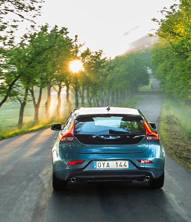 Foto Exteriores Volvo V40 Dos Volumenes 2012