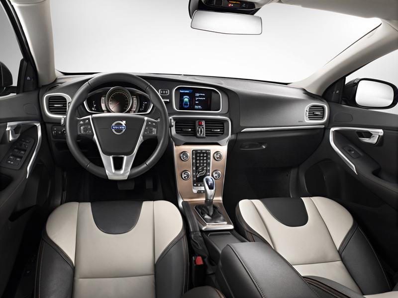 Foto Interiores Volvo V40 Suv Todocamino 2012