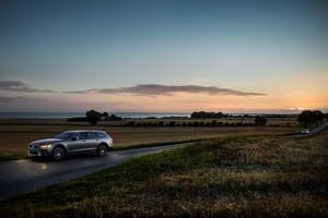 Foto Exteriores 02 Volvo V90 Suv Todocamino 2017