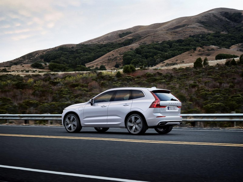 Volvo XC60 2017 lateral