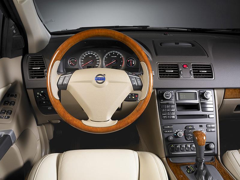 Foto Salpicadero Volvo Xc90 Suv Todocamino 2009