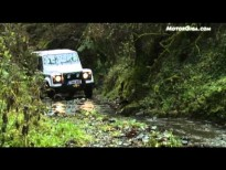 Video Land-rover Defender 2012