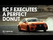 El Lexus - RC F Ejecuta un Donut perfecto