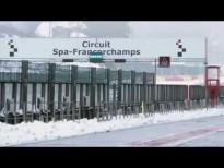 Idris Elba en Spa con la leyenda de la F1 Martin Brundle