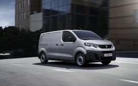 Las matriculaciones de vehículos comerciales crecieron en julio un 4,2%, con Peugeot a la cabeza por segundo mes consecutivo
