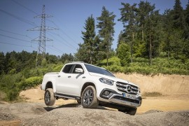 Mercedes-Benz X 350d; al Amarok V6 le sale un sólido rival con estrella
