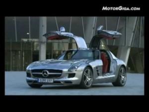 """Mercedes  SLS """"Alas de gaviota"""" AMG"""