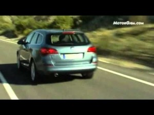 Video Opel Astra Sports Tourer -imágenes oficiales-