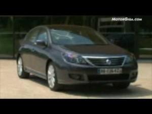 Video Renault Latitude 2011 - Armando