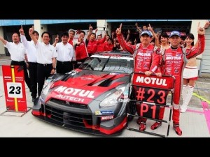 Nissan GT-R dominó el podio en la Super GT Rd.3