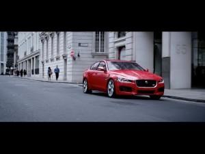 Jaguar XE conducción dinámica