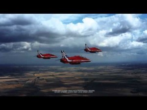 Red Arrows de la RAF y el Jaguar XE