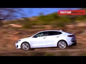 Hyundai i30 Fastback 2018 prueba completa