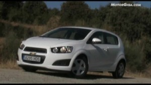 Video Chevrolet Aveo 2011 - Dinamico