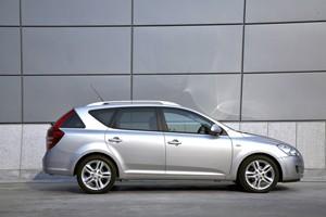Kia C'eed 1.5 CRDi vs Citroën C4 1.6 HDI
