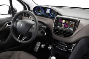Peugeot 2008, análisis plazas delanteras