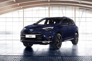 Toyota RAV4 Hybrid Sapphire, sacando su lado más exclusivo (Salón Ginebra 2016)