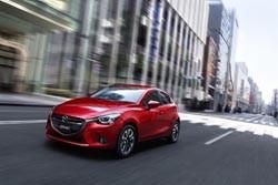 El Mazda2 es presentado e inicia su producción
