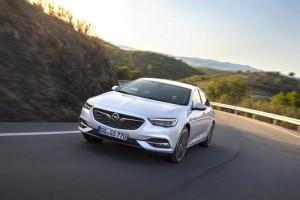 El Opel Insignia recibe un nuevo motor gasolina de 1.6 litros y 200 CV