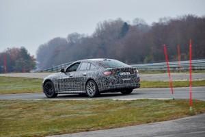 BMW i4. ¿Quién dijo que los eléctricos son aburridos?