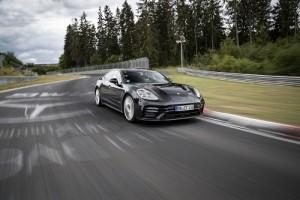 Porsche Panamera: nuevo récord de Nürburgring en su categoría