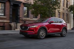 Mazda CX-5, el SUV más popular de Mazda muestra su actualización en Los Ángeles