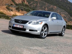 Llamada a revisión de Lexus