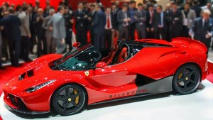 Aún no se ha presentado y el Ferrari LaFerrari Spider ya es carne de especualción