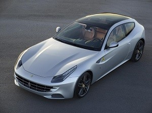 Salen a subasta pública dos Ferrari FF regalados al Rey Don Juan Carlos