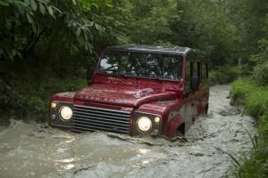Pon a buen recaudo tu Land Rover Defender; el cese de su producción eleva su índice de robos