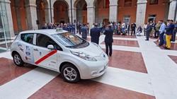 El primer Taxi 100 % eléctrico ya rueda por Madrid