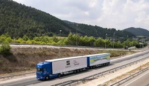 SEAT y Grupo Sesé aumentan su flota de duotrailers y gigatrailers en favor de una logística más eficiente