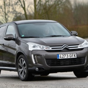 Foto Perfil Citroen C4-aircross-collection Suv Todocamino 2014