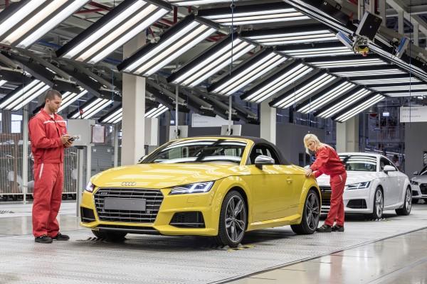 Audi tt roadster en la fábrica