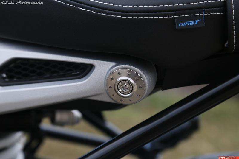 Foto BMW R Nine T 2015 047