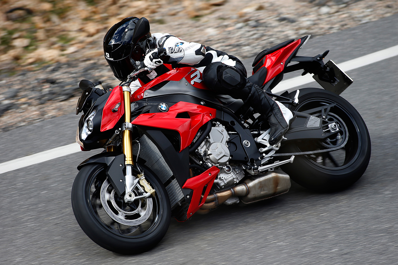 foto bmw s1000r 2014 48. Black Bedroom Furniture Sets. Home Design Ideas